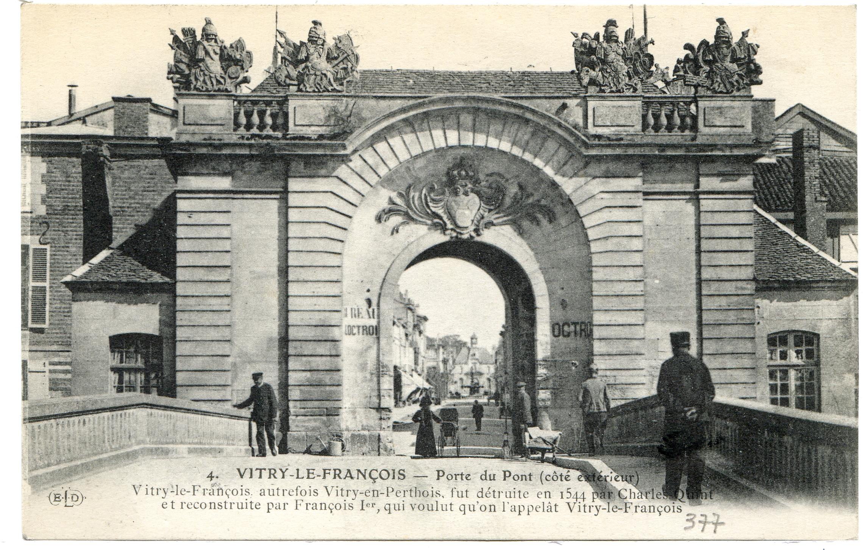 Vitry le fran ois porte du pont c t ext rieur for Garage vitry le francois