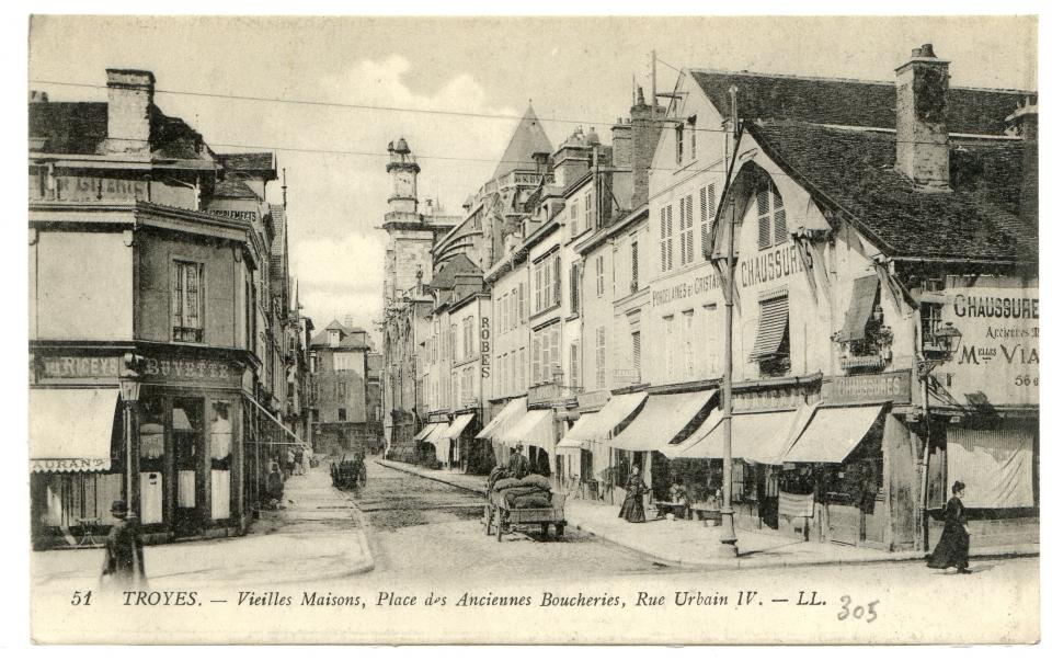 Troyes vieilles maisons place des anciennes boucheries rue urbain iv for Photos maisons anciennes