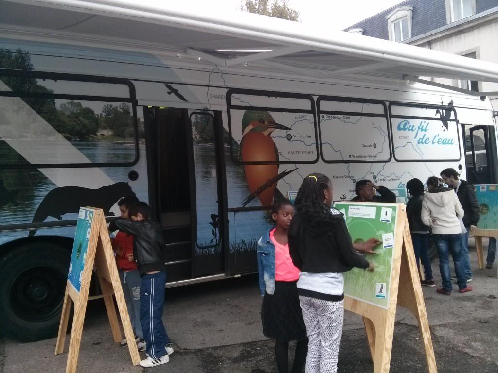 Fête de la science et bus de l'eau